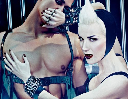 DaphneGuinness-Beauty-Alternate-300